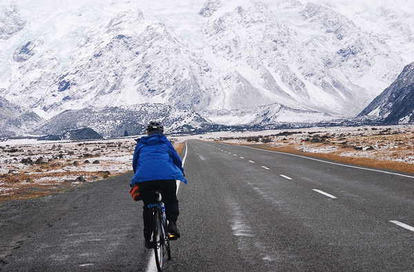 Cycling to mount cook